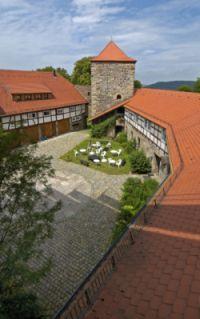 Burghof_von-oben-200